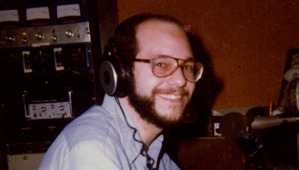 WRLB-FM Steve-Studio001